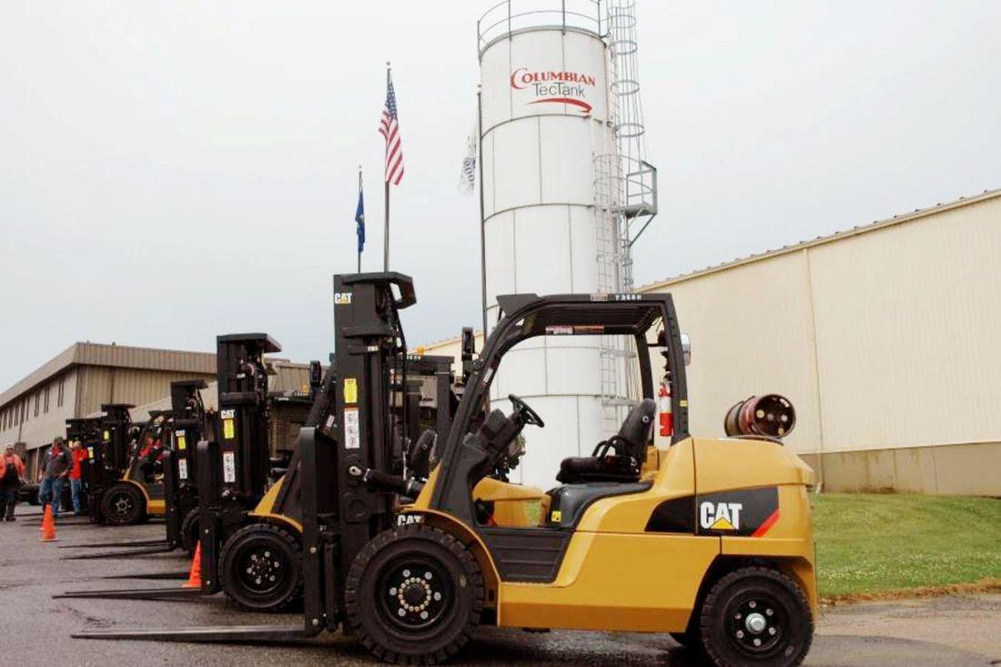 industrial-reach-forklift